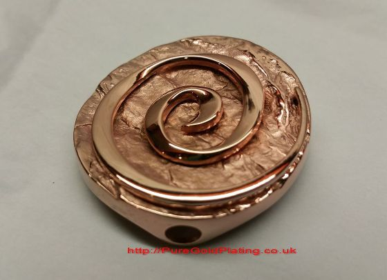 rose-gold-pendant
